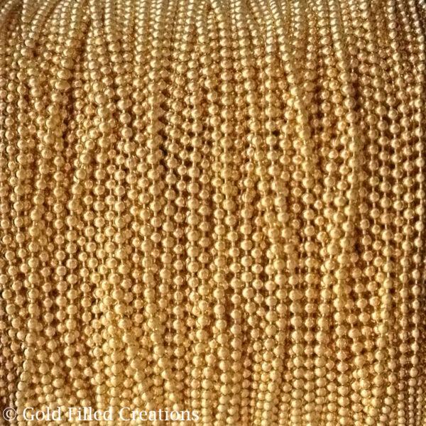 Gold chain Ball