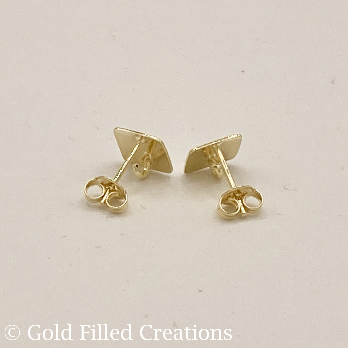 Square stud Earrings Gold