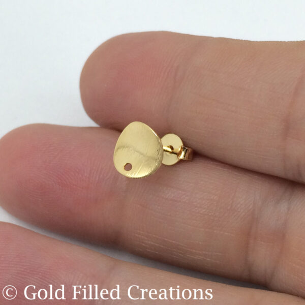 Gold Round Circle earrings stud
